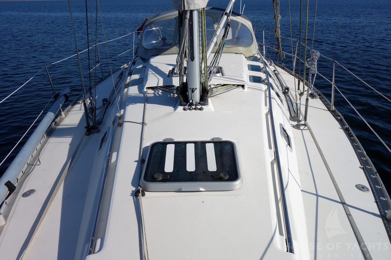 Beneteau First 35s5 - House of Yachts